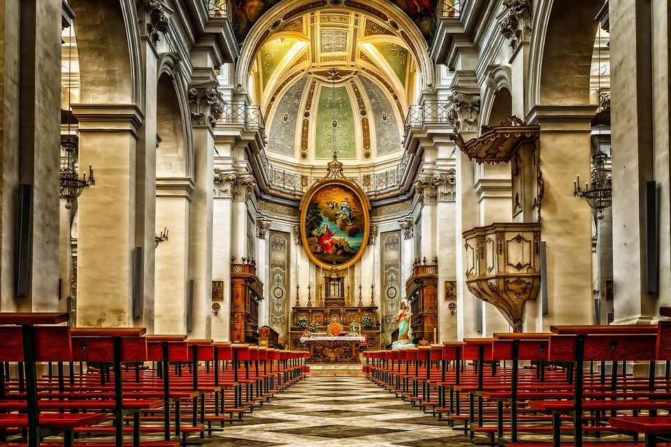 this picture shows a catholic church saint helen